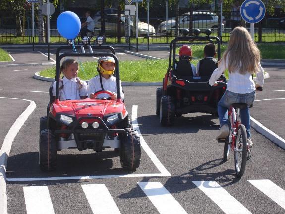 Прокат машин для детей!