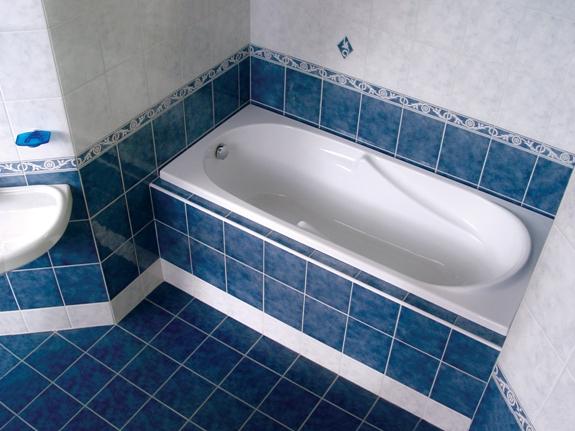 Ванна установлена!