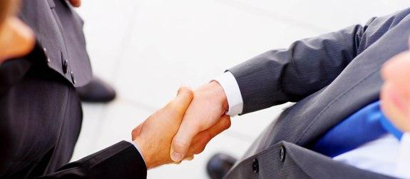 Рукопожатие партнеров!